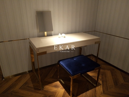 Metal Frame Elegant Design Dressing Table With Mirror